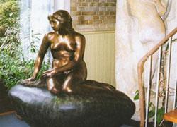 人魚姫像著作権者、アリス・エレクセン氏所蔵のリトルマーメイド像